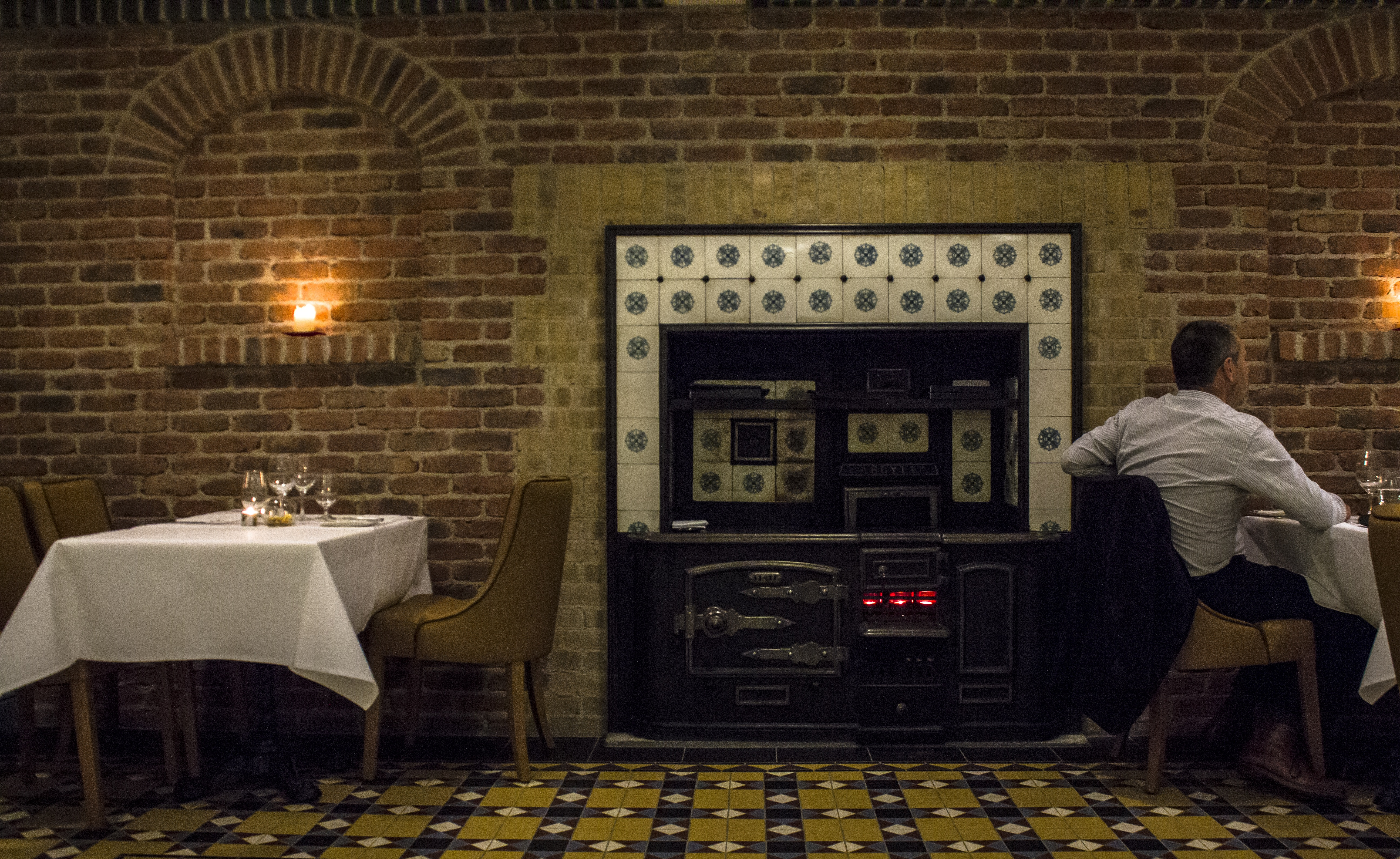 Tn2 Magazine | Review: The Hot Stove